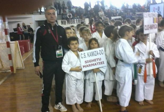 """Aur, argint şi bronz la Mediaş pentru """"Kamiza-Do"""""""