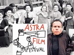 """Piticii din Rozavlea la festivalul """"Astra"""", Sibiu."""